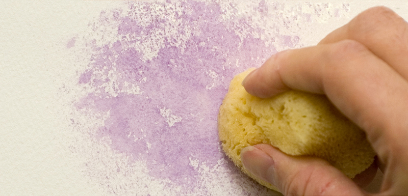 Achieving a pebbled effect with a sponge