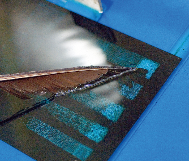 Etching by aqueous nitric acid solution